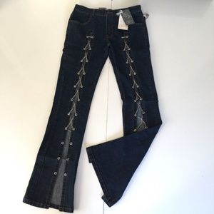 Body Teaser Jeans Stylish Chained Denim